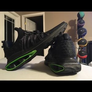 Nike Shox Gravity! Black and lime, gently worn!